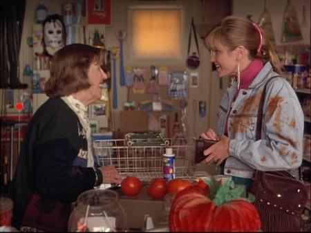 4-8-tomatoes-skull-store