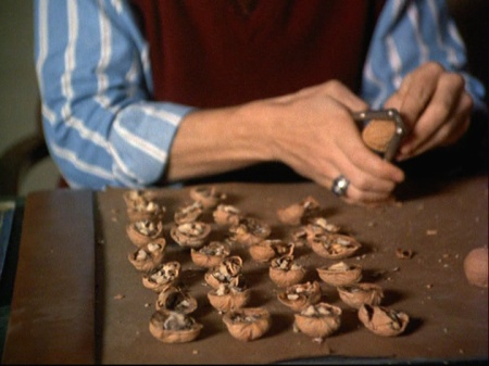 4-12-walnuts